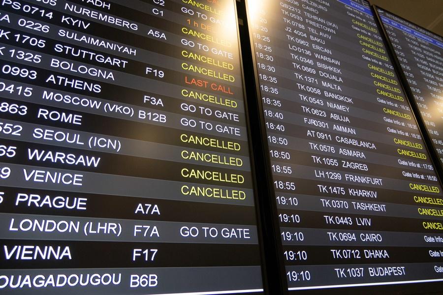 tablón de vuelos cancelados