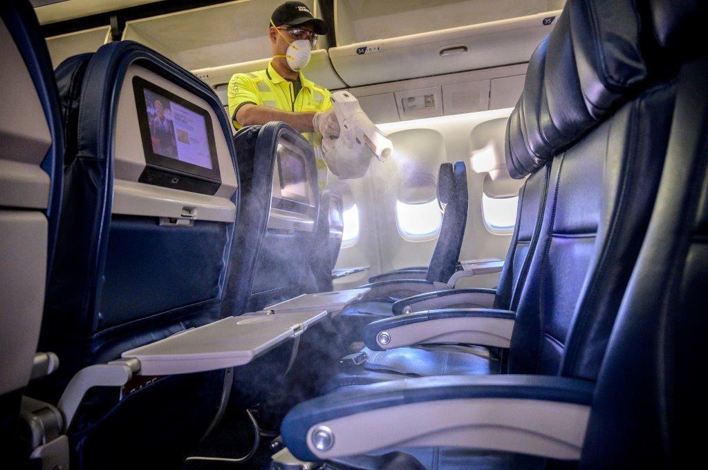 Delta limpia sus aviones tras cada vuelo