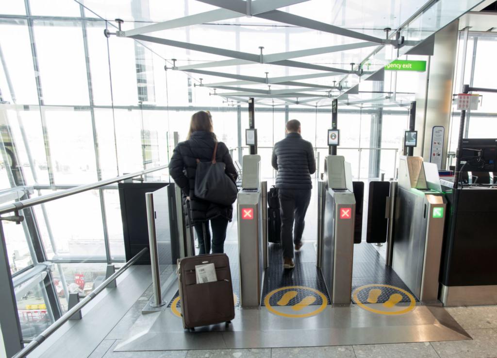Sistema de reconocimiento facial en Heathrow