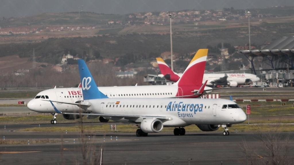 Aviones de Air Europa y de Iberia