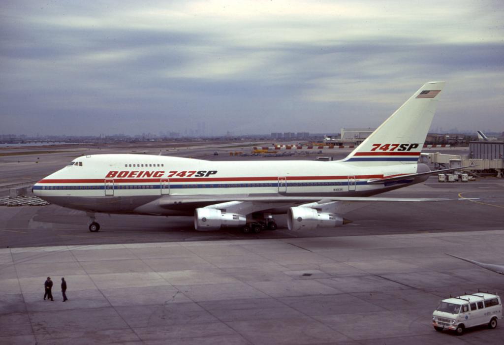 Primer Boeing 747SP