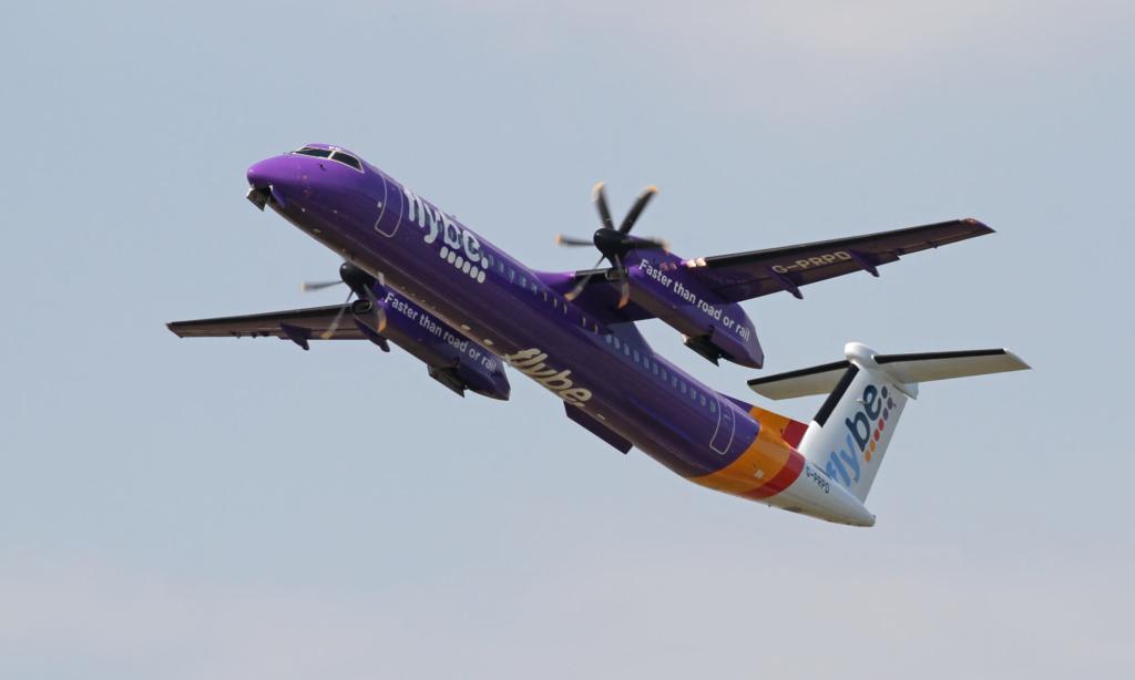 Avión Dash 8 de la flota de Flybe