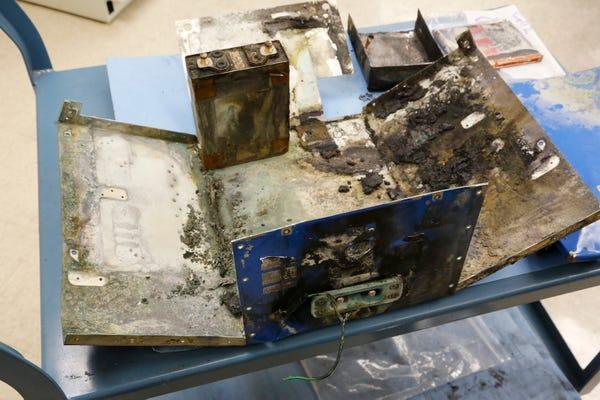 """Batería de un 787 """"Dreamliner"""" quemada"""