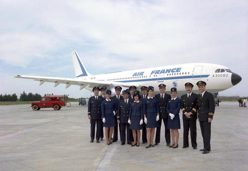 Primer vuelo del Airbus A300