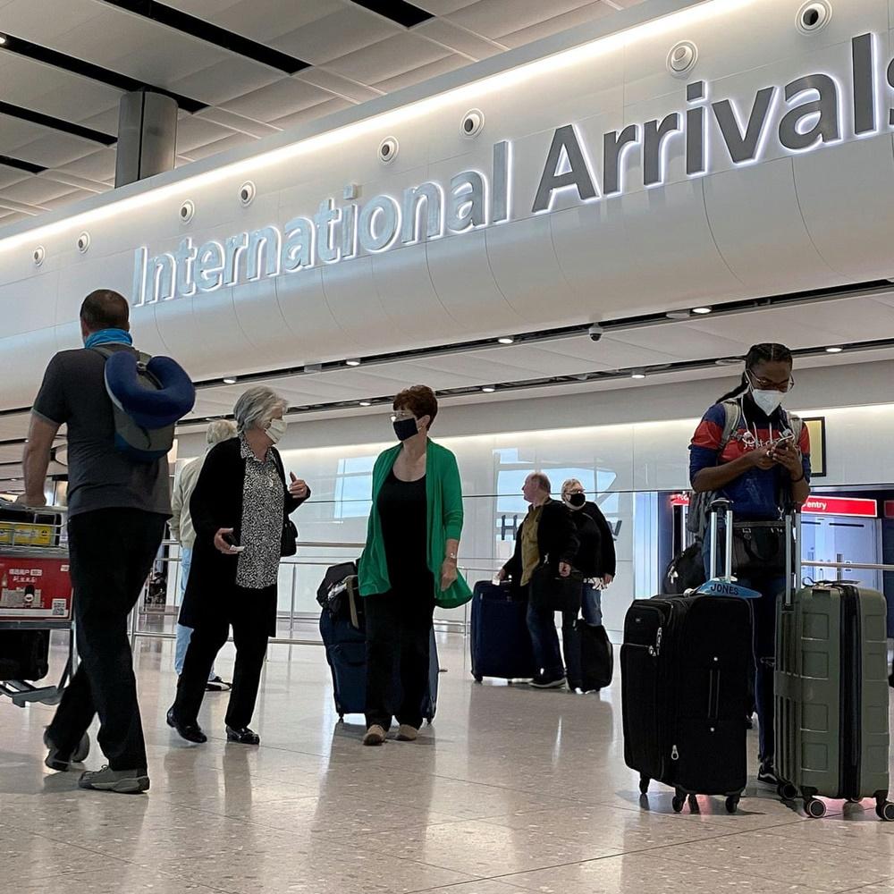 Sección de llegada internacionales en un aeropuerto