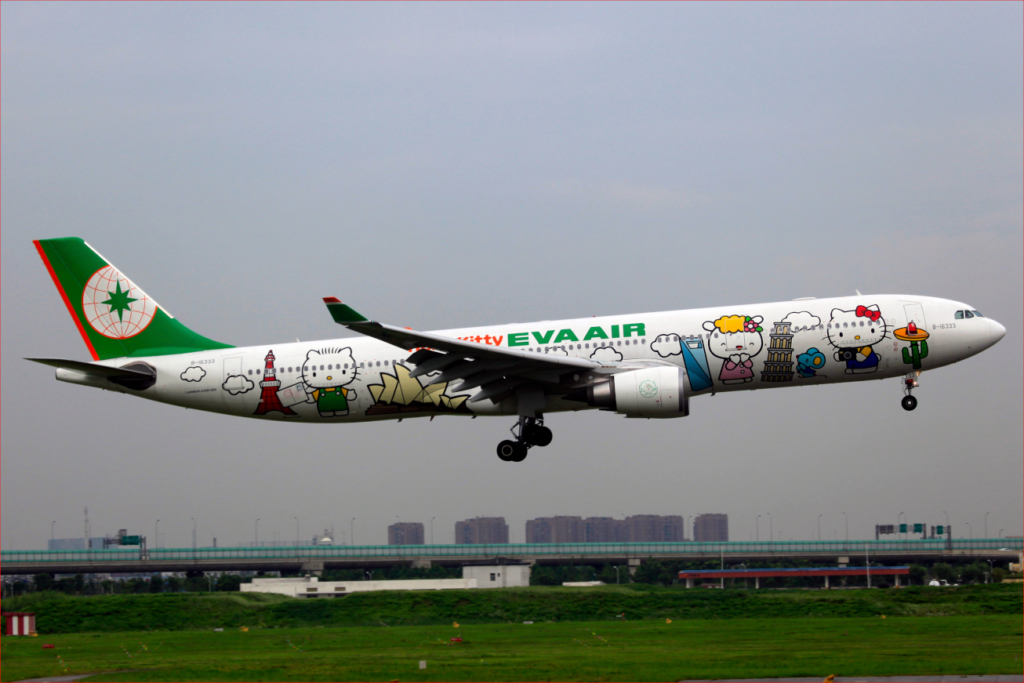 Avión de EVA Air con personajes de Hello Kitty