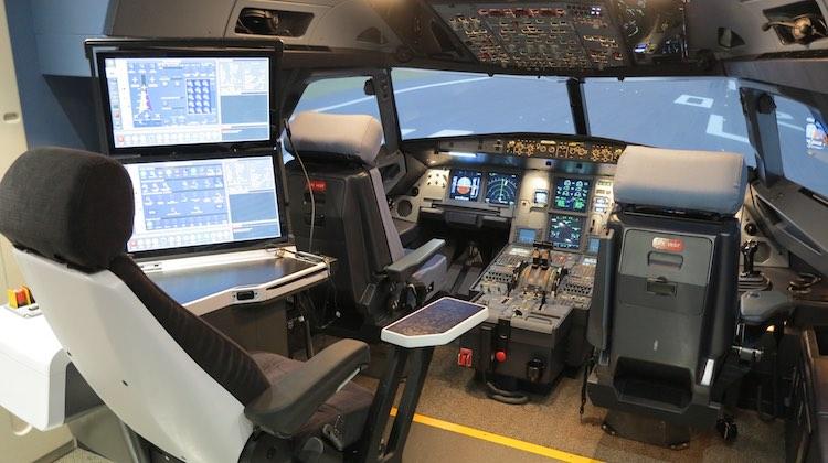 Noticias de aerolíneas. Simulador de Singapore Airlines