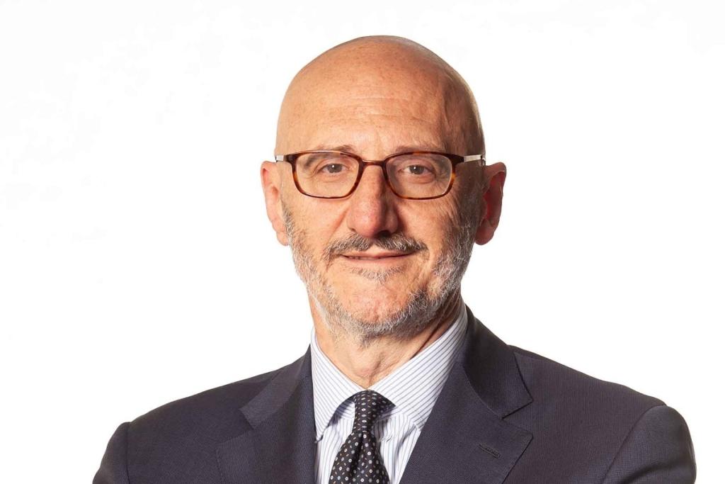 Noticias de aerolíneas. Información sobre aerolíneas. Francesco Caio, Presidente de Alitalia