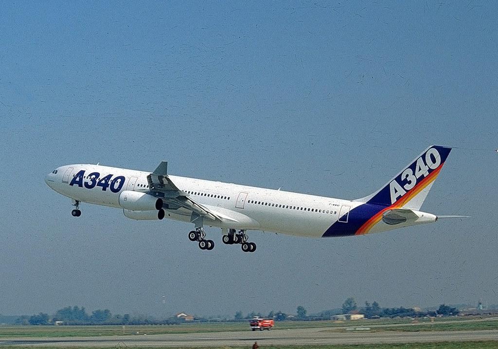 Noticias de aviones. Noticias de aerolíneas. Primer Airbus A340