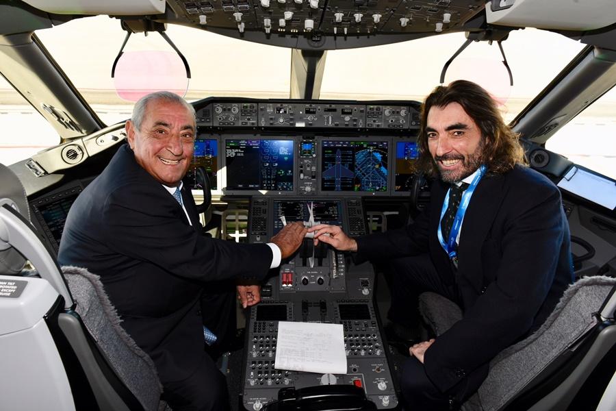 Noticias de aerolíneas. Noticias de turismo. Juan José Hidalgo e Hijo, propietarios de Air Europa.