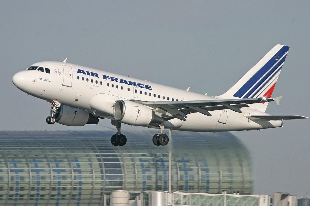 Noticias de aerolíneas. Noticias de aviones. Airbus A318 de Air France