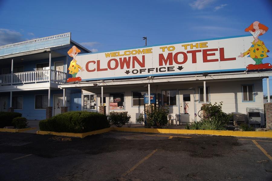 Noticias de hoteles. Noticias de turismo. Clown Motel en Nevada