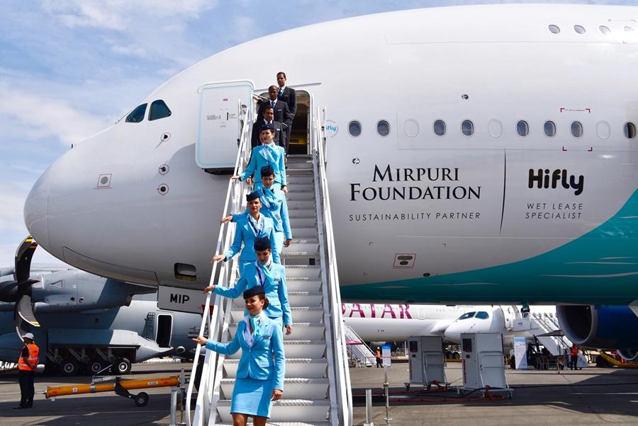 Noticias de aerolíneas. Noticias de turismo. Airbus A380 de Hifly