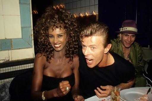 Noticias de Hoteles. Cena en el hotel Les Bain de París con David Bowie