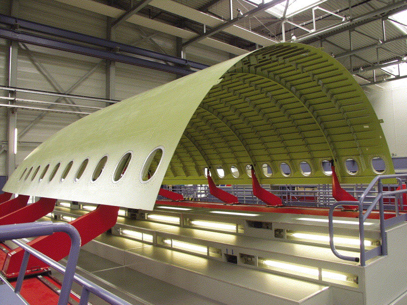 Noticias de aviones. Noticias de aerolíneas. Fabricando la cabina del Airbus A380 con Glare.