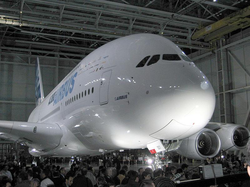 Noticias de aviones. Noticias de aerolíneas. Presentación del Airbus A380