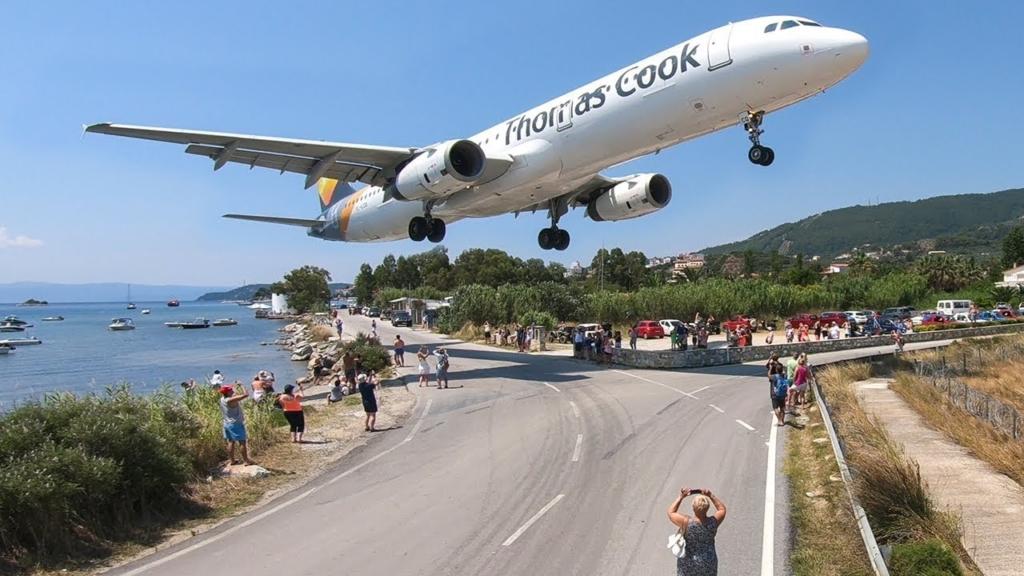 Noticias de aeropuertos. Aeropuerto de Scíathos, en Grecia.