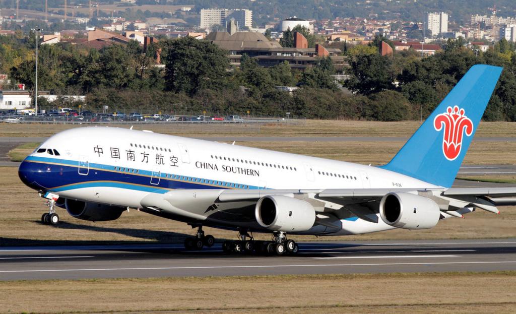 Noticias de aerolíneas. Noticias de aviones. Noticias de turismo. Airbus A380 de China Southern