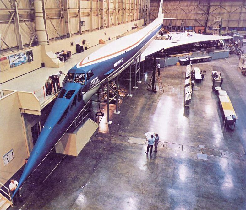 Noticias de aerolíneas. Noticias de aviones. Prototipo del Boeing 2707