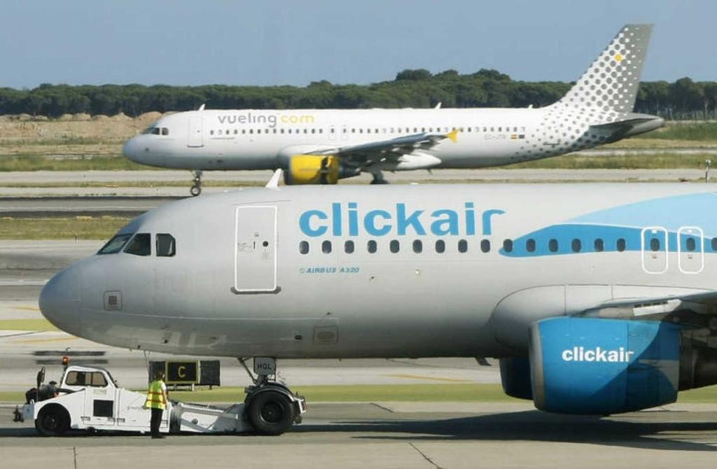 Noticias de aerolíneas. Noticias de compañías aéreas. Noticias de turismo. Airbus A320 de Clickair y Vueling