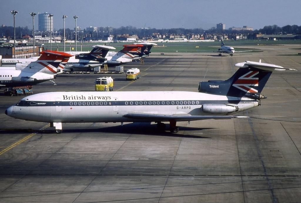 Noticias de aerolíneas. Noticias de aviones. De Havilland DH-121 de British Airways