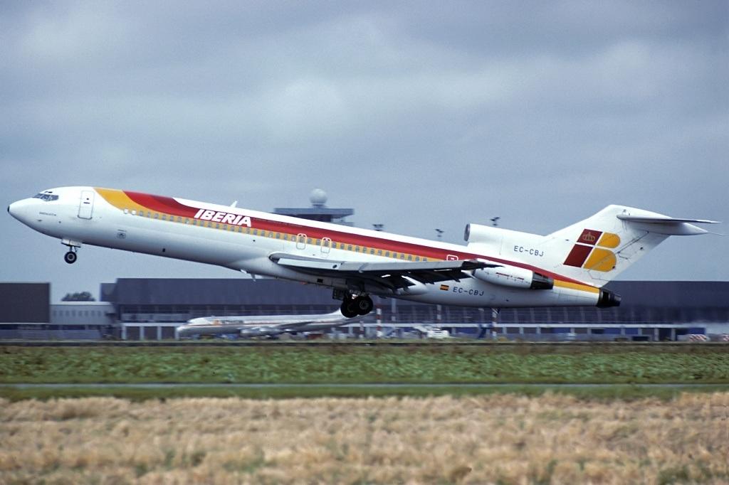 Noticias de aerolíneas. Noticias de aviones. Boeing 727 de Iberia