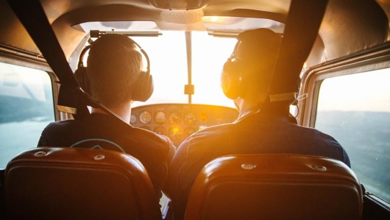 Noticias de aerolíneas. Noticias de aviones. Formación de pilotos de líneas aéreas.