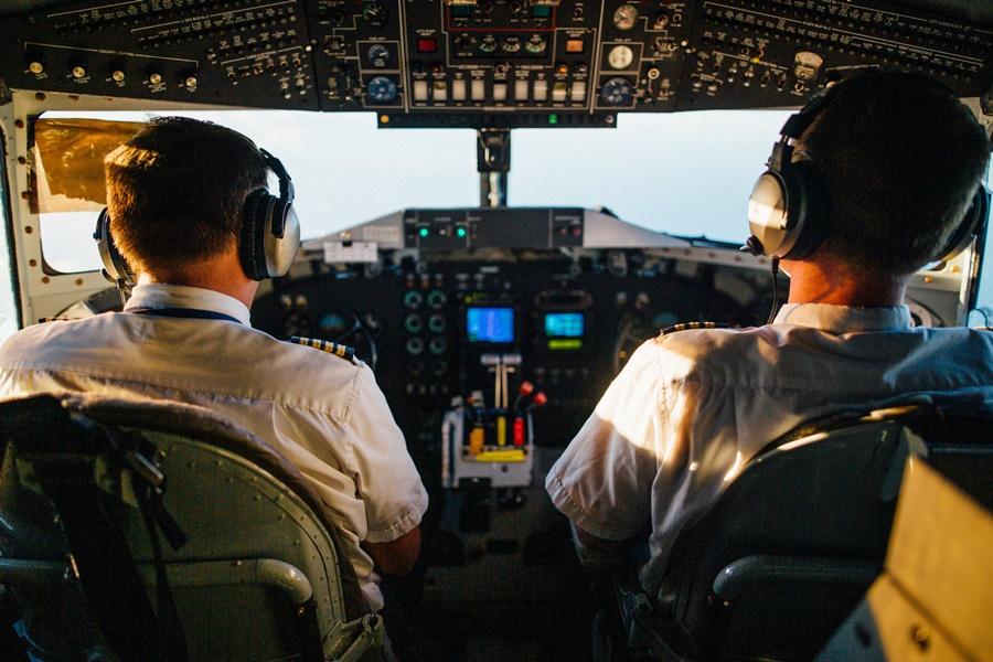 Noticias de aerolíneas. Noticias de aviones. Pilotos de Transporte de Líneas Aéreas