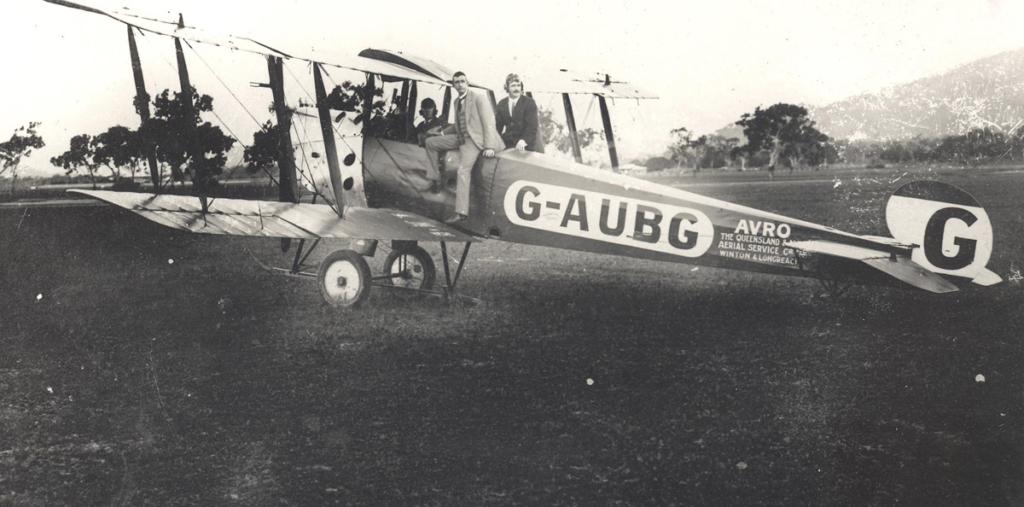 Noticias de aerolíneas. Noticias de aviones. Primer avión de Qantas