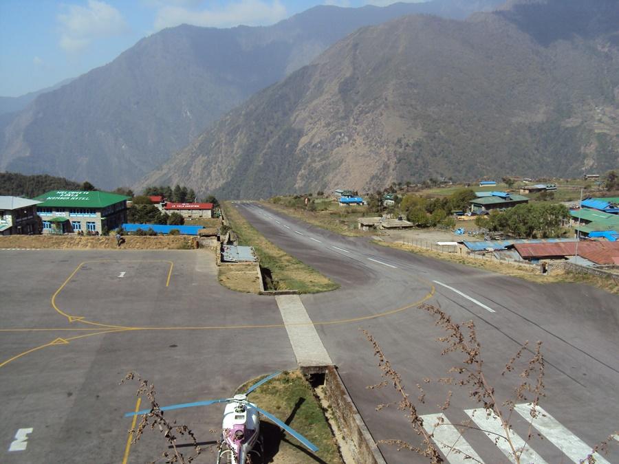 Noticias de aviación. Noticias de aerolíneas. Noticias de aviones. Aeropuerto de Lukla, en Nepal