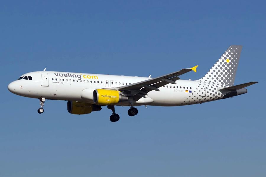 Noticias de aerolíneas. Airbus A320 de la lowcost Vueling