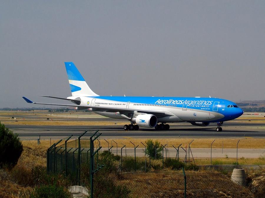 Noticias de aerolíneas. Noticias de compañías aéreas. Avión de Aerolíneas Argentinas