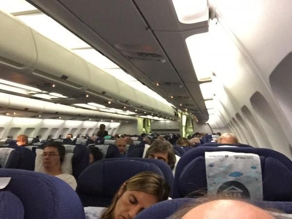 Noticias de aerolíneas. Noticias de compañías aéreas. Interior cabina Airbus A330 de Aerolíneas Argentinas