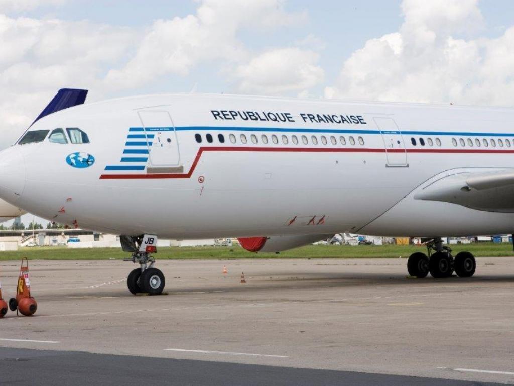 Noticias de aviones. Noticias de aviación. Airbus A340-200 de la Fuerza Aérea Francesa