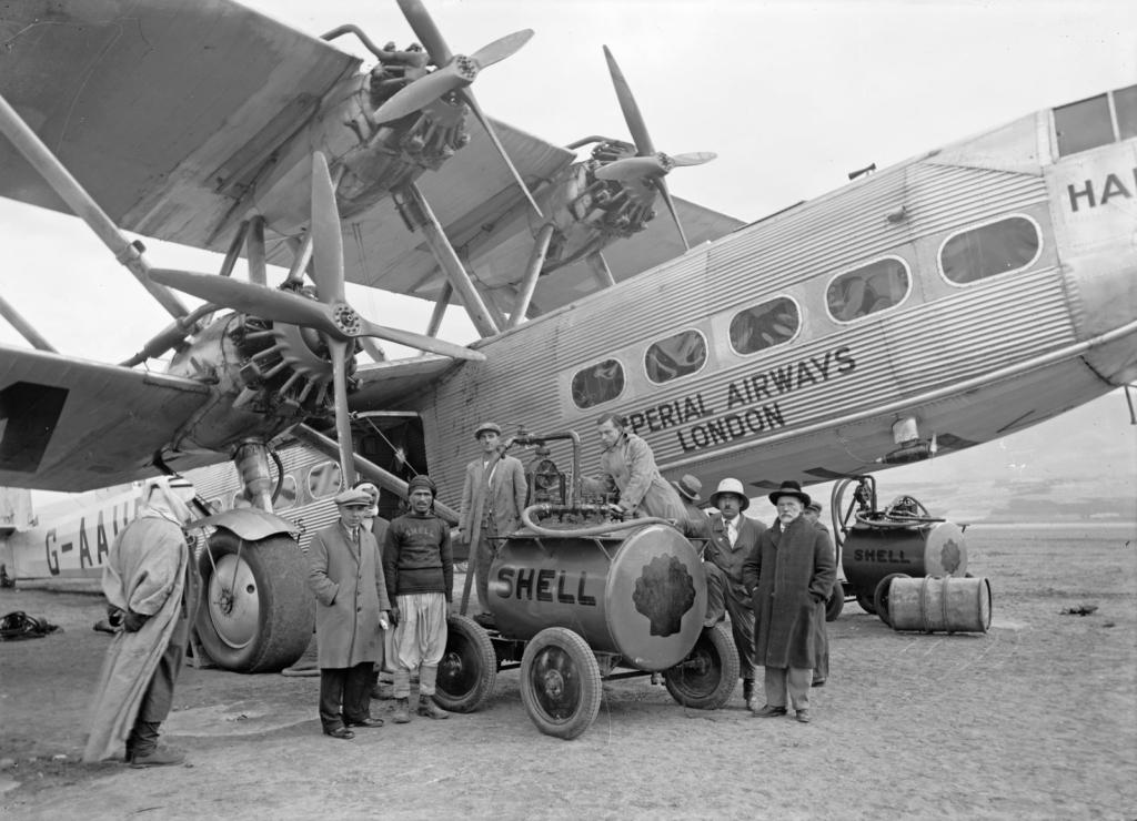 Noticias de aviones. Noticias de aviación. Handley Page HP42