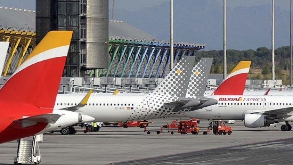 Noticias de turismo. Noticias de compañías aéreas. Aviones de la flota de Iberia y Vueling