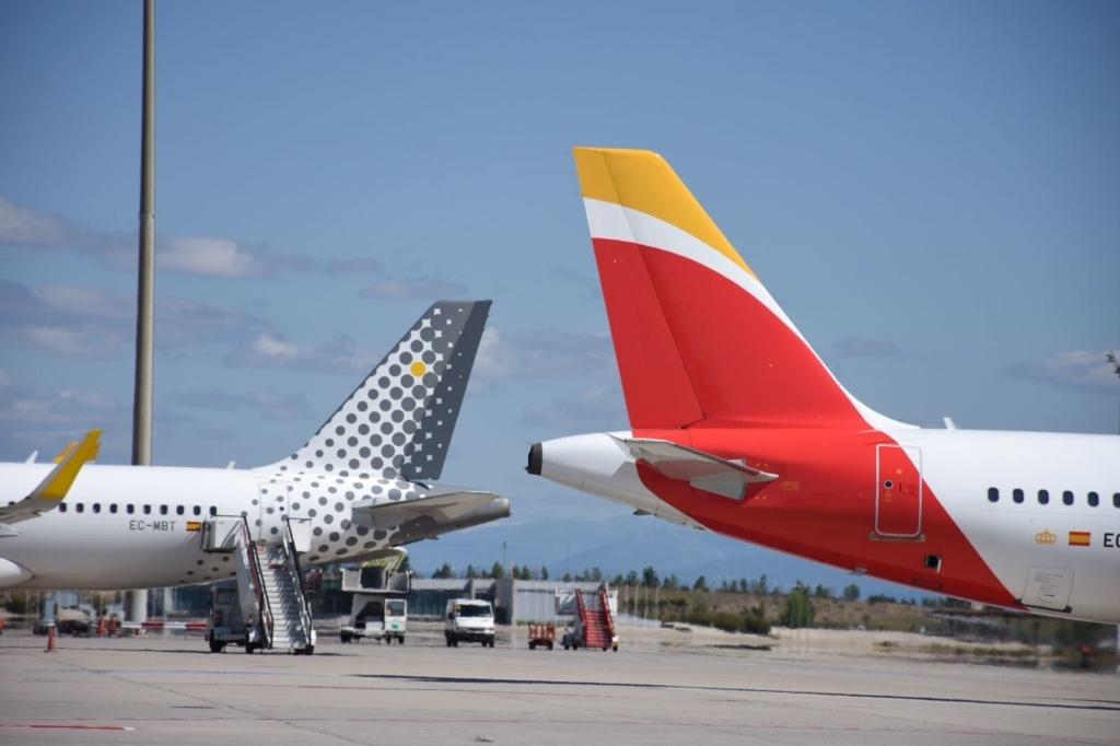 Noticias de aerolíneas. Noticias de compañías aéreas. Aviones de Iberia y Vueling