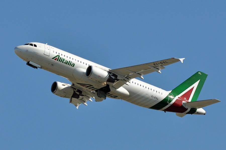 Noticias de compañías aéreas. Noticias de aerolíneas. Airbus A320 de Alitalia