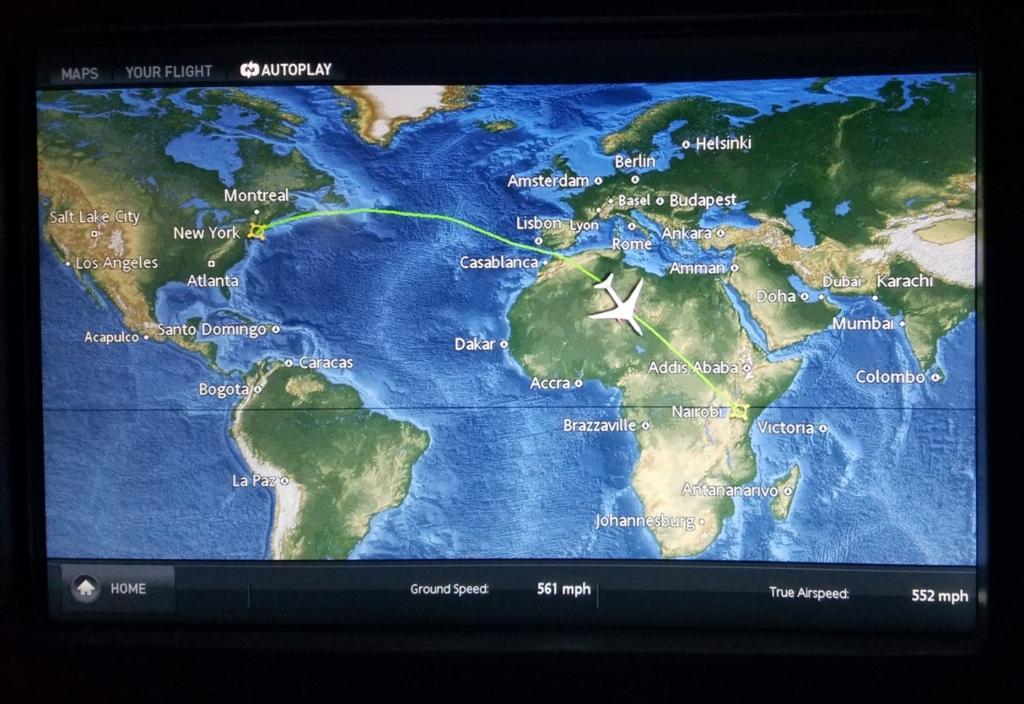 Noticias de aviación. Noticias de aviones. Mapas movibles en el servicio de entretenimiento de los aviones.