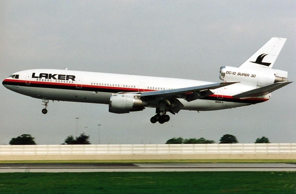 Noticias de aerolíneas. Noticias de compañías aéreas. DC-10 de Laker Airways