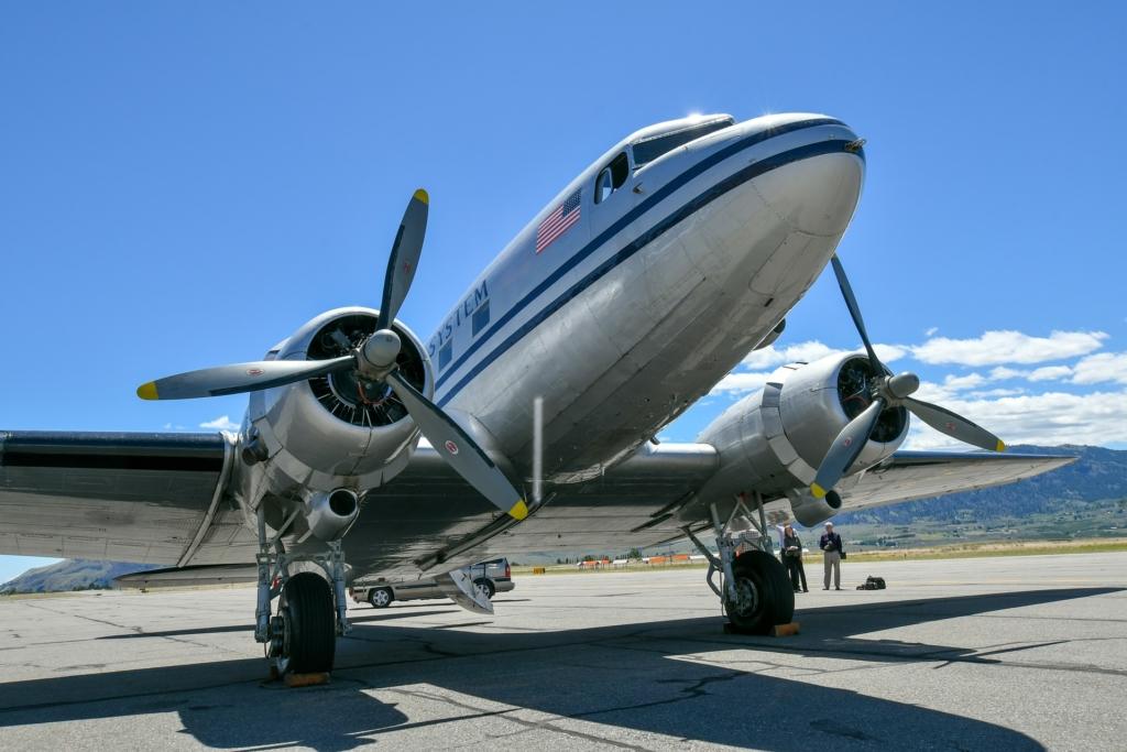 Noticias de aviones. Noticias de aviación. Douglas DC-3