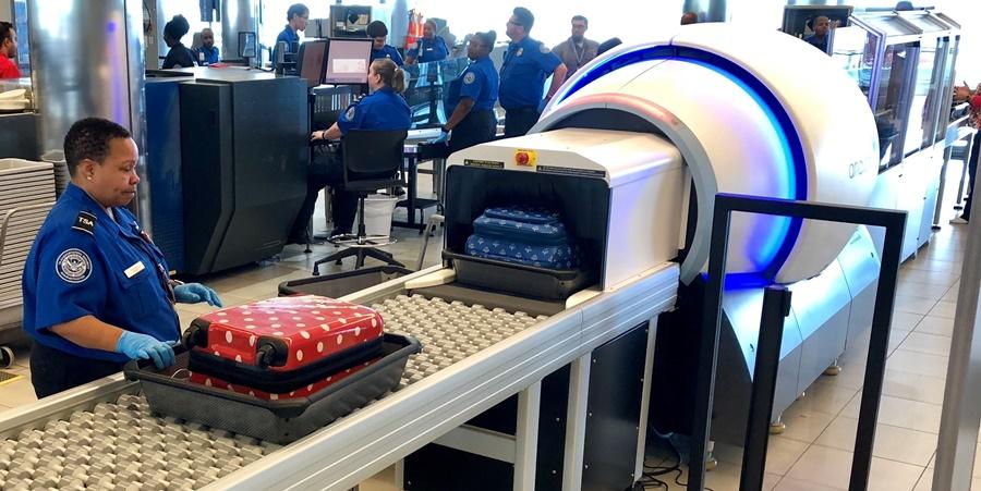 Noticias de aeropuertos. Noticias de turismo. Nuevos escaners en 3D para el equipaje de mano