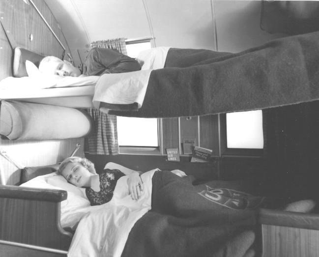 """Noticias de aviones. Noticias de aerolíneas. DC-3 versión """"Sleeper"""""""