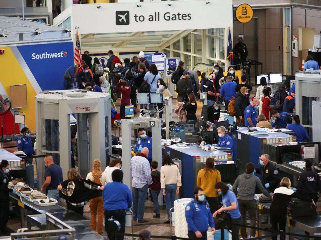 Noticias de aeropuertos. Noticias de turismo. Aeropuerto en los EEUU durante Acción de Gracias