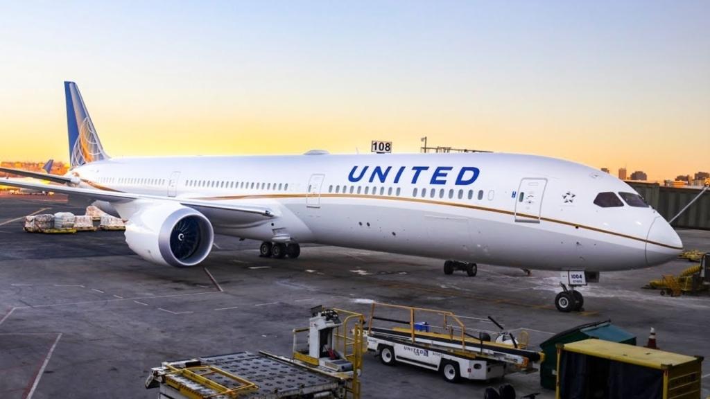 Noticias de aviones. Boeing 787 de United Airlines