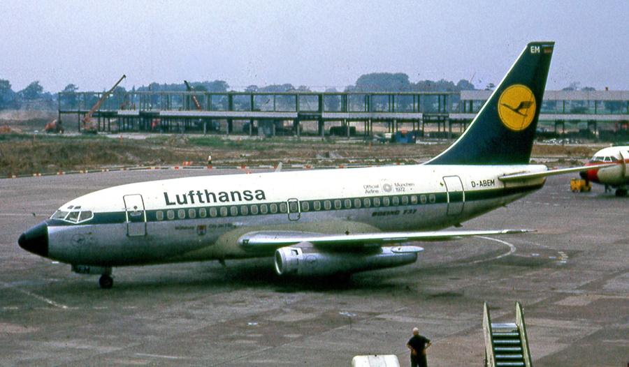 Noticias de aviación. Noticias de aviones. Primer Boeing 737-100 de Lufthansa