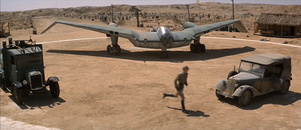 Noticias de aviones. Noticias de aviación. Modelo ficticio de avión que aparece en la película de Indiana Jones