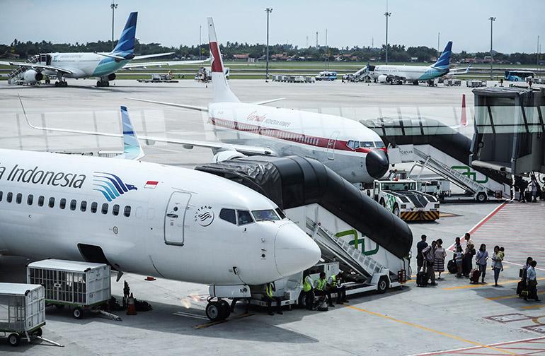 Noticias de aviones. Noticias de aviación. Aviones indonesios en el aeropuerto de Yakarta
