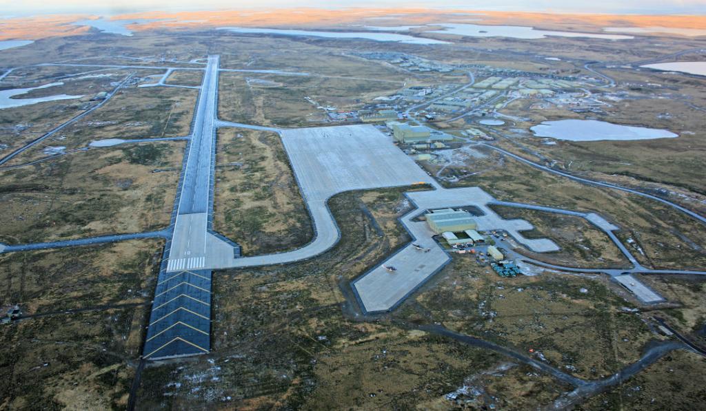 Noticias de aerolíneas. Noticias de aviones. Base de la RAF en Mount Pleasant, Malvinas