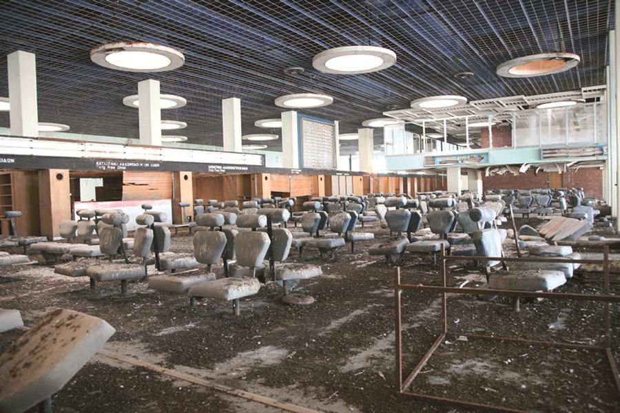 Terminal abandonada del aeropuerto de Nicosia. Noticias de aeropuertos